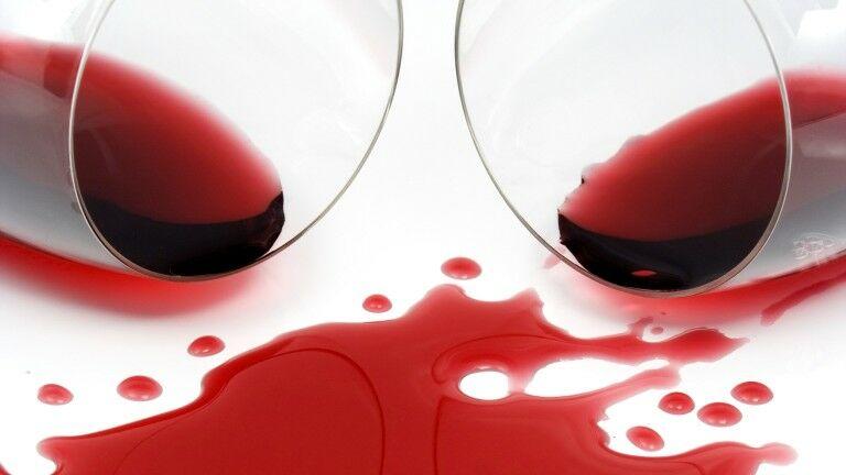 vörös foltok viszketnek és pikkelyesek az arcon